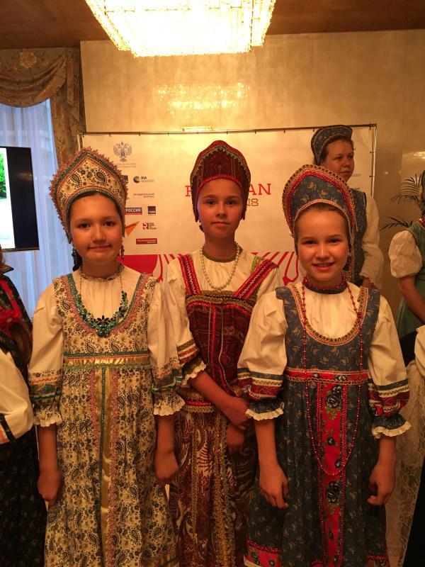 ロシア大使館公邸でのお茶会_c0195496_00323048.jpg
