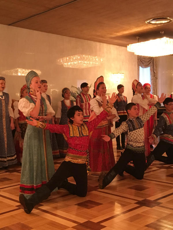 ロシア大使館公邸でのお茶会_c0195496_00441868.jpg