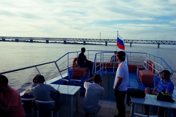アムール川に架かるハバロフスク橋_d0116009_02540582.jpg