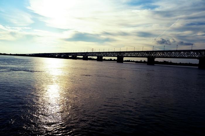 アムール川に架かるハバロフスク橋_d0116009_02555270.jpg