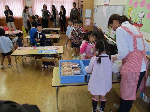 保育・給食参観会_b0233868_16123640.jpg