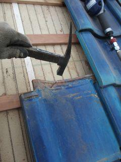 和光市の本町で、瓦屋根修理工事_c0223192_21503640.jpg