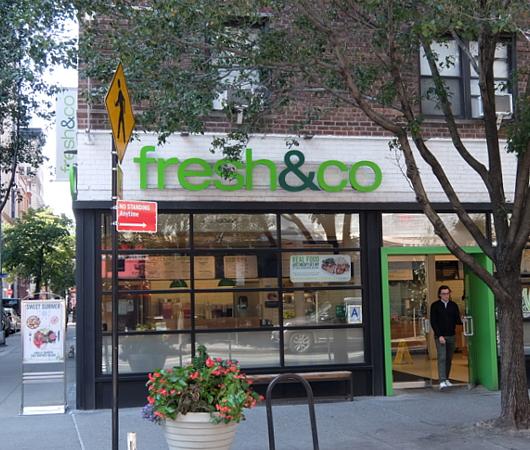 マンハッタンのAstor Pl.から8th St.周辺はサラダ専門店密集地_b0007805_19163378.jpg
