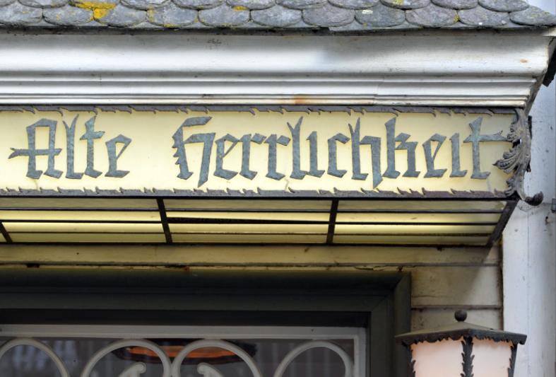 Monschau の文字_e0175918_01103569.jpg
