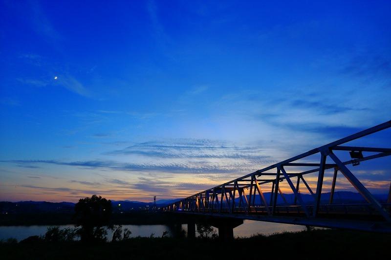 円山川暮れる_a0294534_18414446.jpg