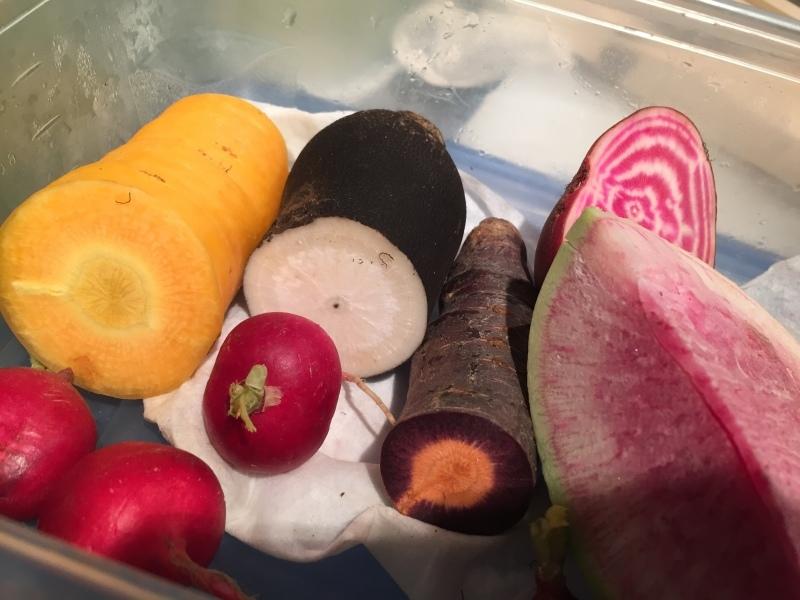 彩りの根菜、色々あります!&10月19日(木)のランチメニュー_d0243849_17032911.jpeg