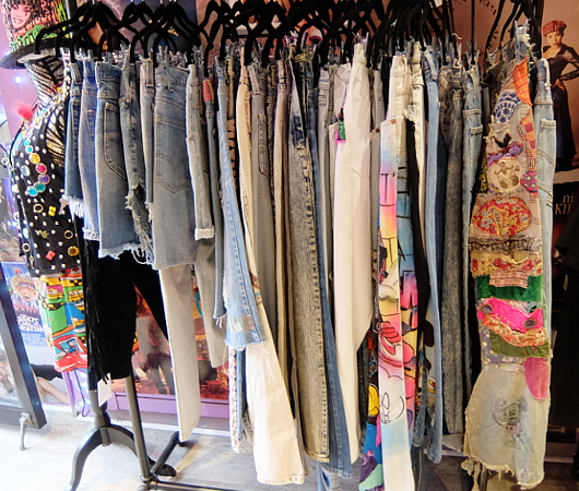NYで話題の90年代ファッションに特化した古着屋「スパーク・プリティ」 Spark Pretty_b0007805_20252129.jpg