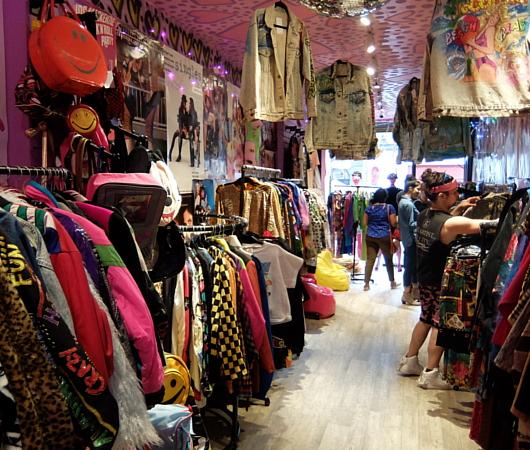 NYで話題の90年代ファッションに特化した古着屋「スパーク・プリティ」 Spark Pretty_b0007805_2027540.jpg
