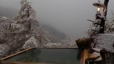 初雪_e0120896_06333164.jpg