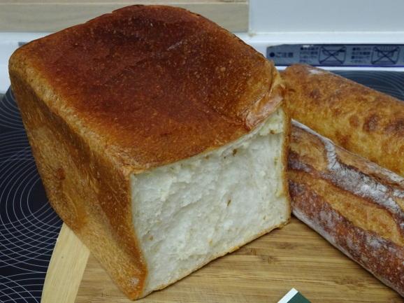 2017年 大阪 de tout Painduceさんでパン購入!_e0230011_09272375.jpg