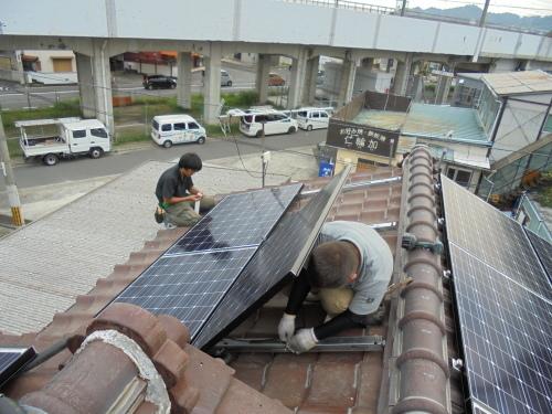 T様邸(佐伯区利松)太陽光発電システム工事_d0125228_07424065.jpg