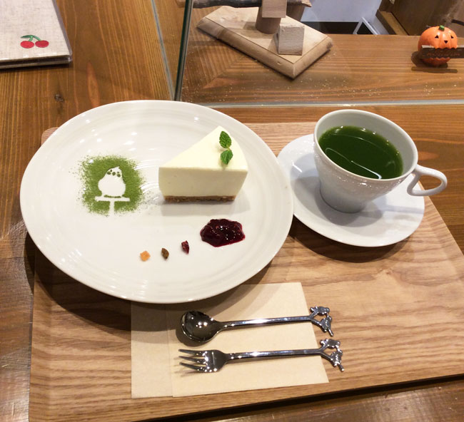 京都のラブバードカフェ・cherryさんに行ってきました!_d0123492_2336404.jpg