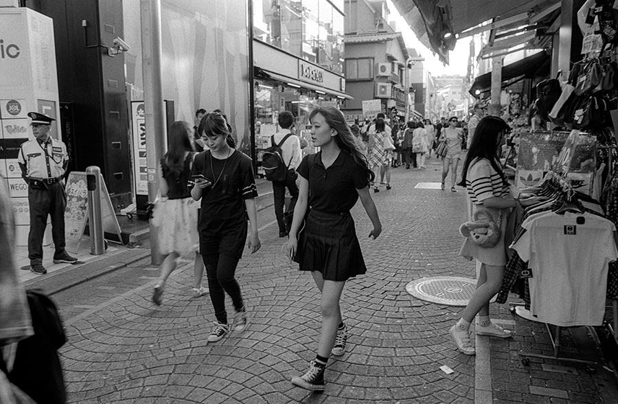 【21st Century Snapshotman 】「人」への回帰 千駄ヶ谷 ↔ 原宿 2017.7.14_c0035245_16520874.jpg