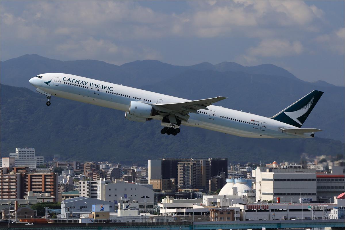 最優先の課題 II - 福岡空港_c0308259_20591005.jpg