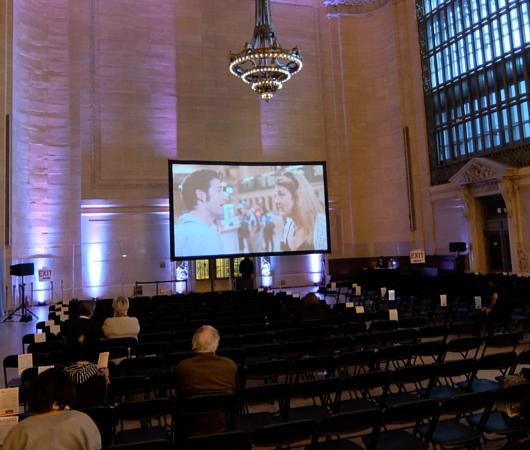 NYの超有名な映画ロケ地でその映画を観るイベント、第1回Grand Central Cinema開催_b0007805_034943.jpg