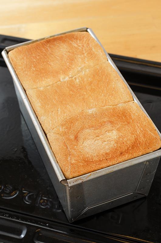 アルスター製の食パン型_a0003650_23392715.jpg