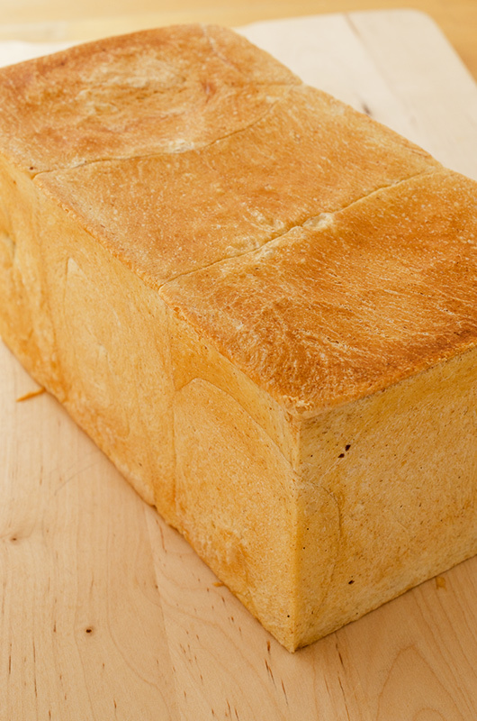 アルスター製の食パン型_a0003650_23394288.jpg