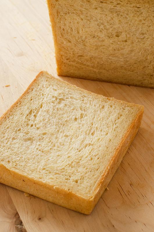 アルスター製の食パン型_a0003650_23395504.jpg