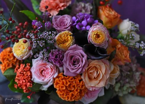 10月レッスン*カボチャがなくてもカボチャを感じるハロウィンアレンジメント*フローラフローラちいさな花の教室*東京目黒不動前フラワースクール_a0115684_01265484.jpg