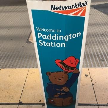 Paddington Station限定クリスピークリームのマーマレードドーナッツ_f0238789_23335005.jpg