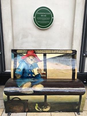Paddington Station限定クリスピークリームのマーマレードドーナッツ_f0238789_23342589.jpg