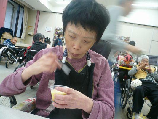 10/22 誕生会喫茶_a0154110_13350406.jpg