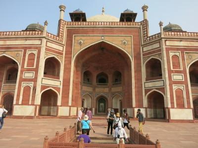 インド(デリー)とネパールの旅\'17_e0097130_16360050.jpg
