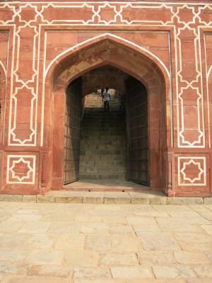 インド(デリー)とネパールの旅\'17_e0097130_16360222.jpg