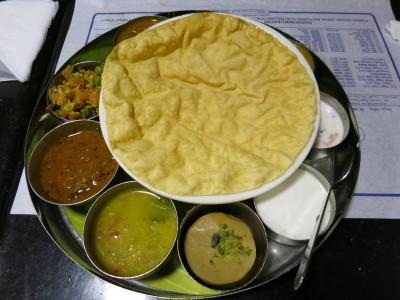 インド(デリー)とネパールの旅\'17_e0097130_16480882.jpg
