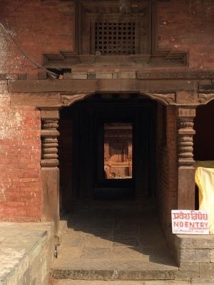 インド(デリー)とネパールの旅\'17_e0097130_17391441.jpg