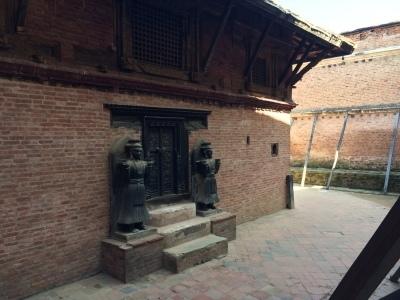インド(デリー)とネパールの旅\'17_e0097130_18045969.jpg