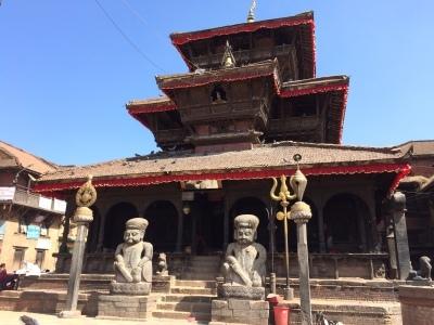 インド(デリー)とネパールの旅\'17_e0097130_18075383.jpg