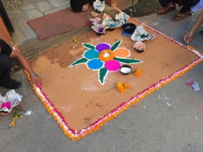 インド(デリー)とネパールの旅\'17_e0097130_18113085.jpg