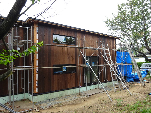 黒川の家 大工工事進行中。 _f0105112_4372398.jpg