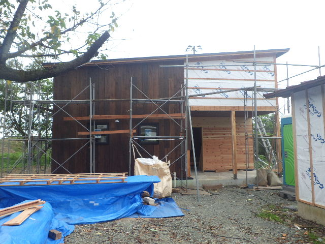 黒川の家 大工工事進行中。 _f0105112_439130.jpg