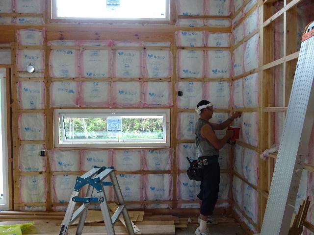 黒川の家 大工工事進行中。 _f0105112_4431018.jpg