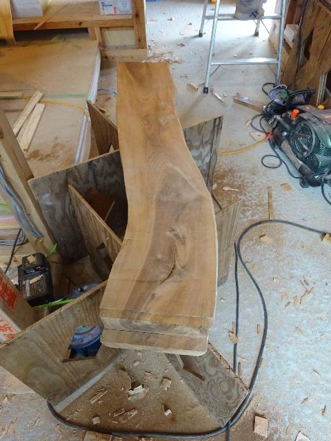 黒川の家 大工工事進行中。 _f0105112_4483225.jpg