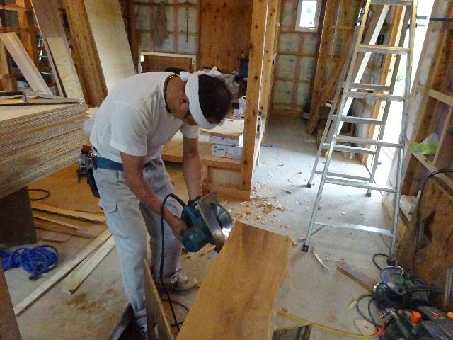 黒川の家 大工工事進行中。 _f0105112_4502629.jpg