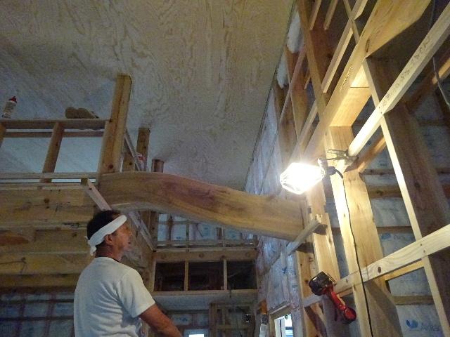 黒川の家 大工工事進行中。 _f0105112_452479.jpg