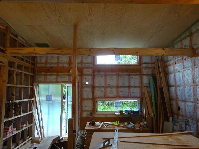 黒川の家 大工工事進行中。 _f0105112_4563350.jpg