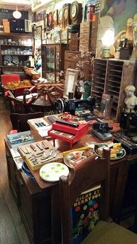 映画ミックス。Antique雑貨トランヂスタ。_d0122424_0451311.jpg