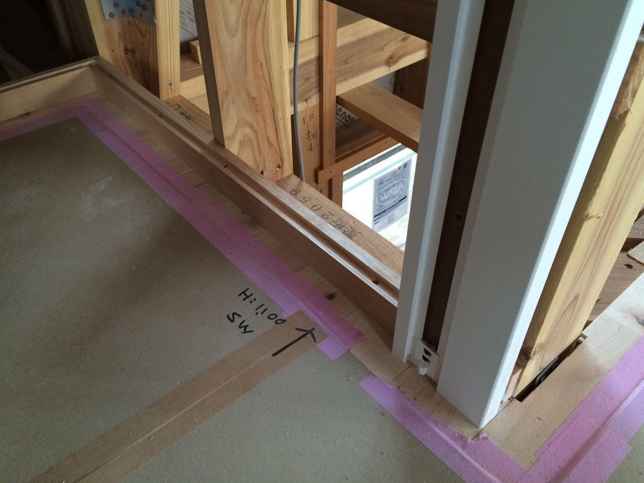 床貼りと巾木と階段と_a0148909_19102399.jpg