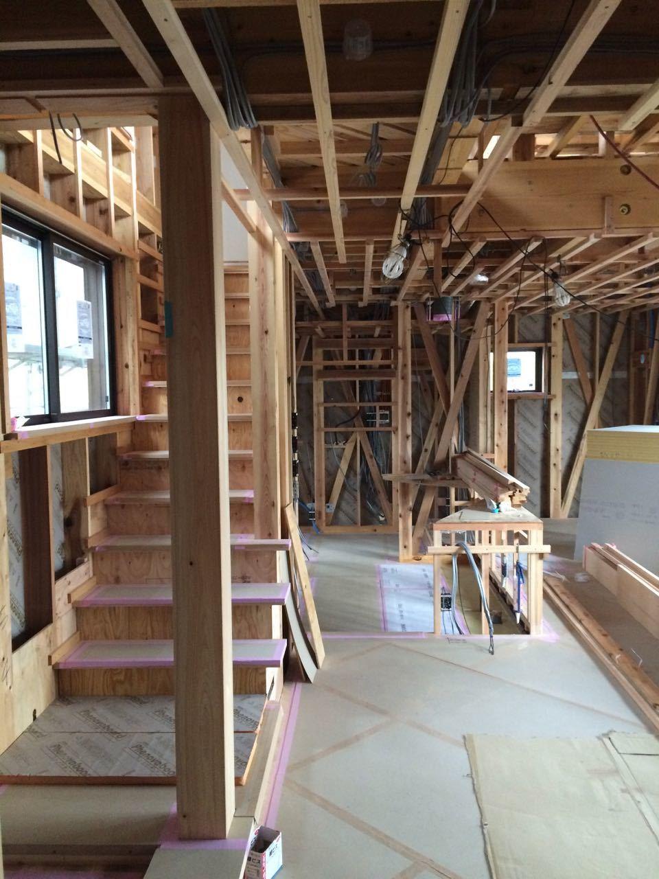 床貼りと巾木と階段と_a0148909_19191352.jpg