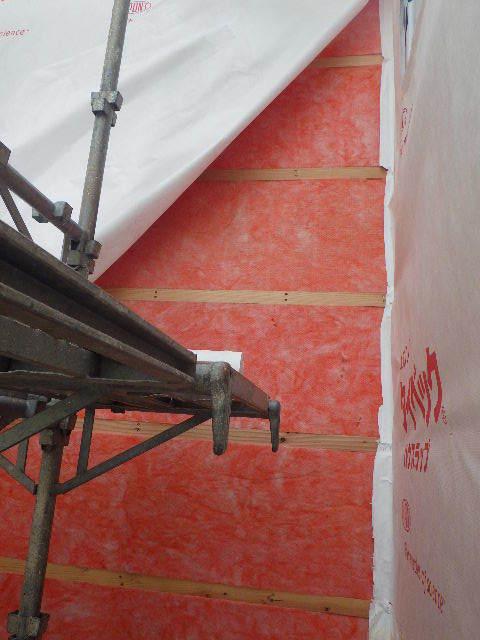 南大通りの家 大工工事 進行中。_f0105112_04361732.jpg
