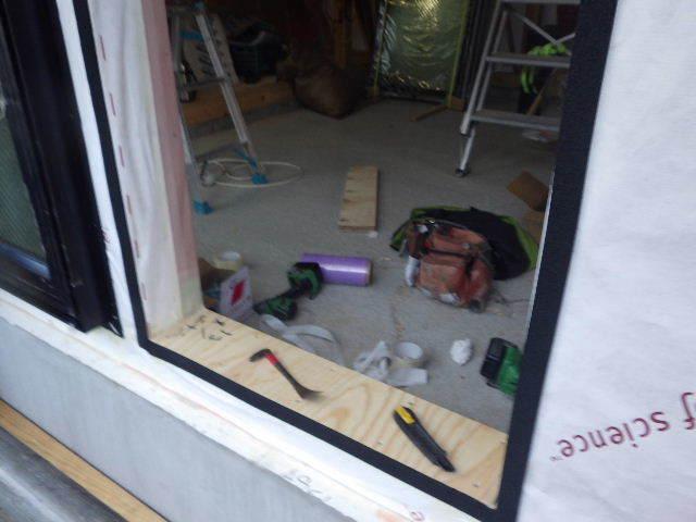 南大通りの家 大工工事 進行中。_f0105112_04361822.jpg
