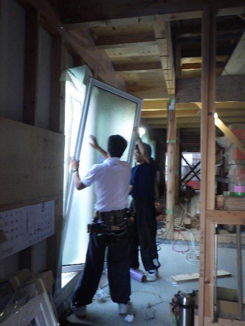 南大通りの家 大工工事 進行中。_f0105112_04361861.jpg