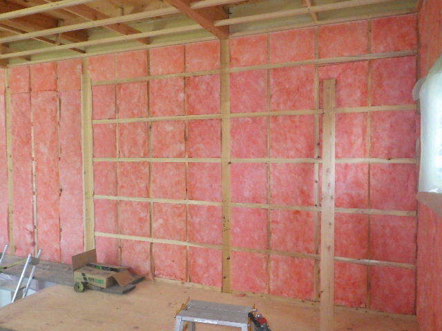 南大通りの家 大工工事 進行中。_f0105112_04361942.jpg