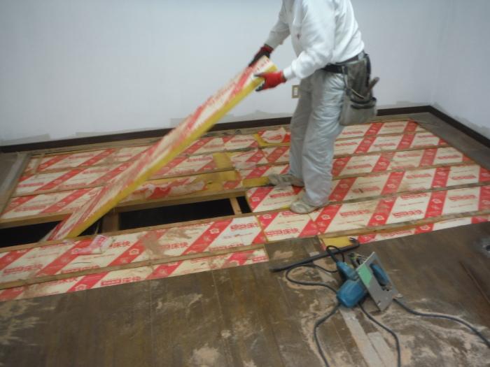 リビング床工事 ~ シロアリ被害が見つかりました。_d0165368_07052932.jpg