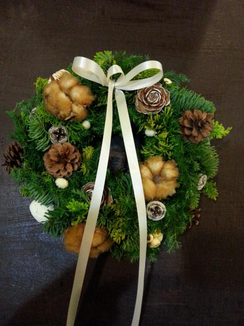 『皆さんでクリスマスリースを作りましょうの会』のお知らせ。_a0160970_19385976.jpg