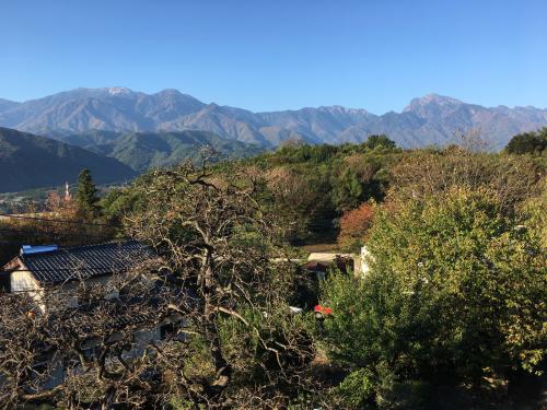10月27日、日野春の紅葉🍁は、まだ稲刈りが終わって、まだまだ?_d0338282_07361733.jpg